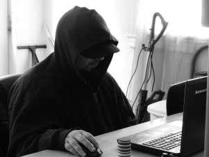 Juan playing Online
