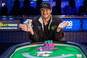 Phil Hellmuth Wins 14th WSOP Bracelet Photo credit: Melissa Haereiti/www.pokerphotoarchive.com