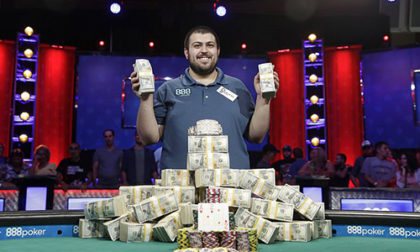 Scott Blumstein Rolls to 2017 WSOP Main Event Championship